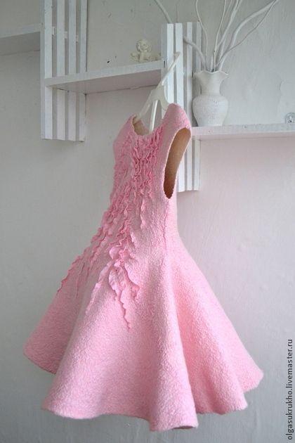 Одежда для девочек, ручной работы. Ярмарка Мастеров - ручная работа Валяное платье для девочки Розовый зефир. Handmade.