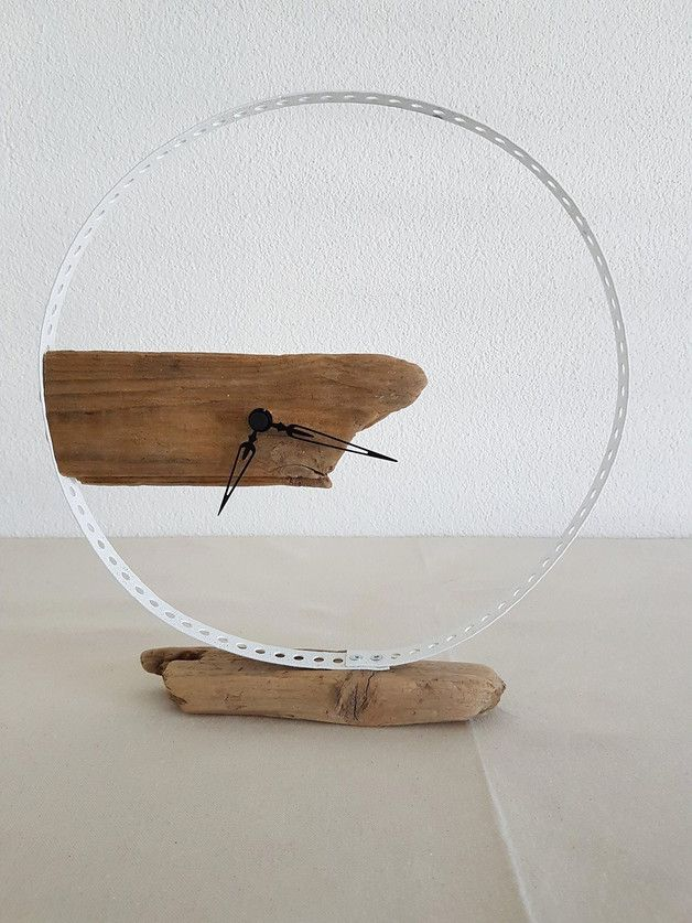 Driftwood-table clock, round Holzuhr in metal ring