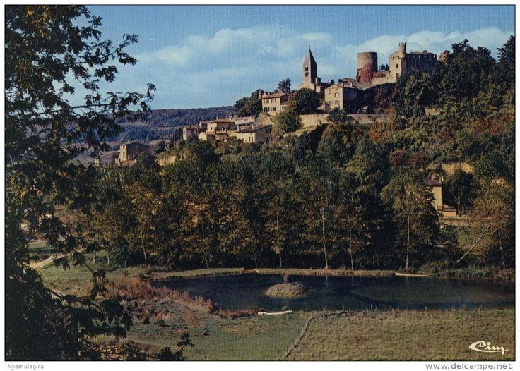 France - CHATILLON-d'AZERGUES : Le Château dominant la vallée d'Azergues