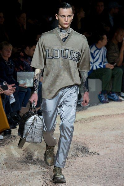 See the full Fall 2018 menswear collection from Louis Vuitton.