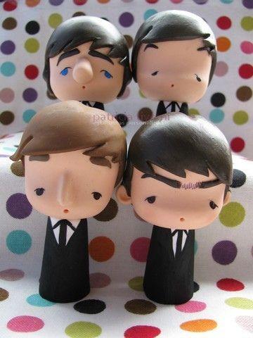 The Beatles versão Tititoon:  ♫ Well, I talk about boys, now  What a bundle of joy! ♫  Para mais informações, escreva para tiyemicriacoes@gmail.com