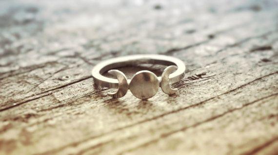 Maan fase Ring Triple godin Ring godin sieraden door BonfireDesign