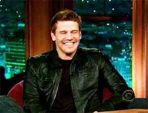 david-boreanaz-late-show-smile.gif