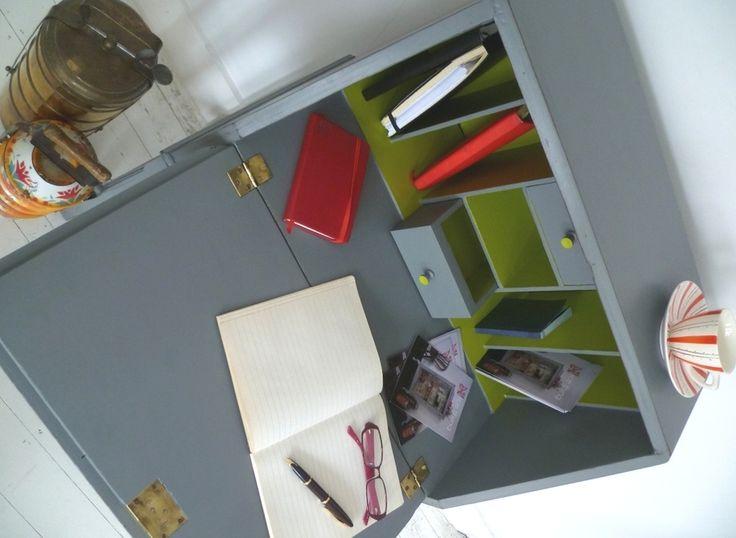 Esme Desk