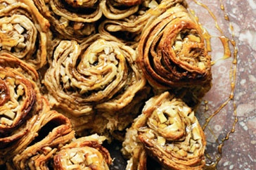golden syrup scrolls