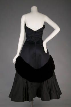 """Pouff"" Evening Dress, Charles James (1906-1978), Samuel Winston Inc. (manufacturer): 1952, silk taffeta, silk velvet, silk satin."