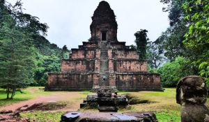 The Undiscovered Baksei Chamkrong Temple