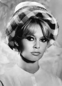 Brigitte Bardot bangs hairstyle: The latest fringe trend ...