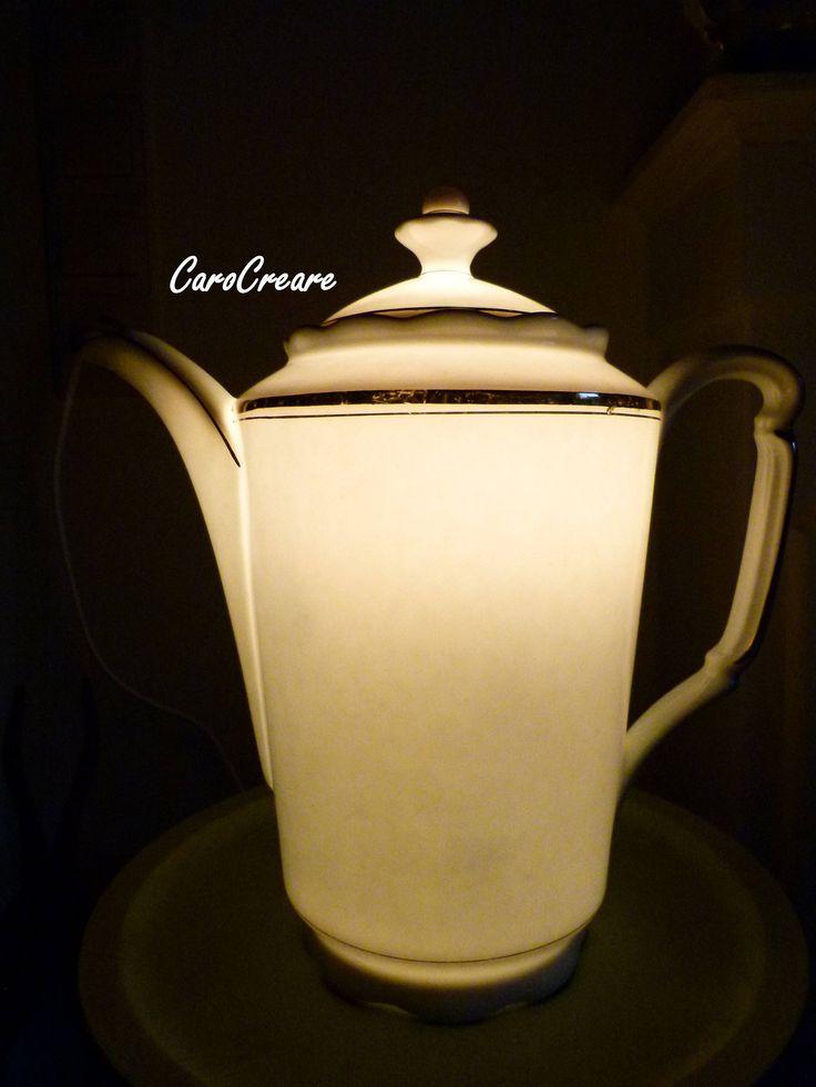 Kaffeekanne - Lampe aus wunderschönem alten Porzellan