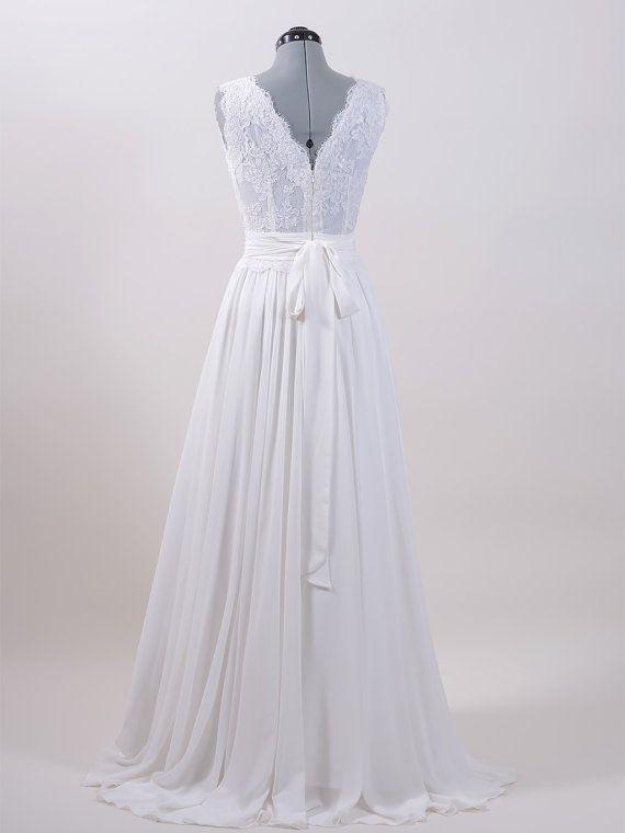 Ivory Lace Wedding Dress Beaded Sleevelss V Back Alencon