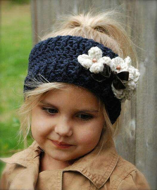 Crocheted ear warmer More