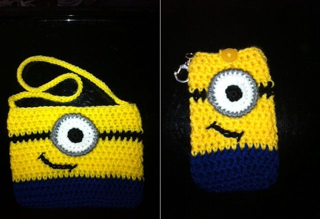 Free Pattern Crochet Minion Slippers : Crochet Minion Purse - DIY Minion crochet, Despicable ...