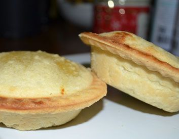 Meatless Monday: Mini Herbed Tofu and Vegetable Pot Pies #recipe