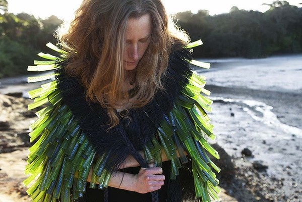 "Ranamok prize for contemporary glass work: ""Te Puhuia-Hinengaro"" by 2012 finalist Te Rongo Kirkwood"
