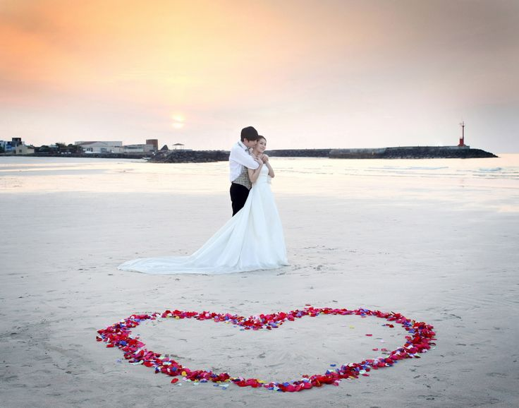 Korean Wedding Photos Outdoor - Saranghaeyo