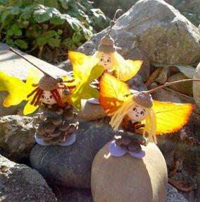 šiškouni (šišky, papírové hlavičky, příze, žaludové čepičky, listí, plsť)