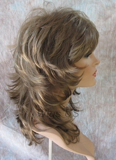 Medium Wig Light Brown Dark Blonde Wavy Multi Layers