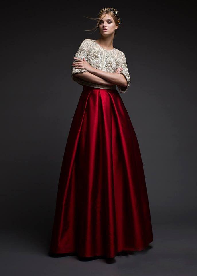 Выпускные дизайнерские платья в москве