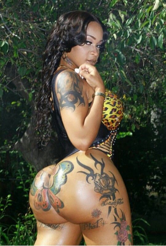 xxx tattoos on the female body
