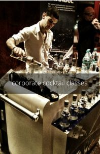 cocktail making class for team building