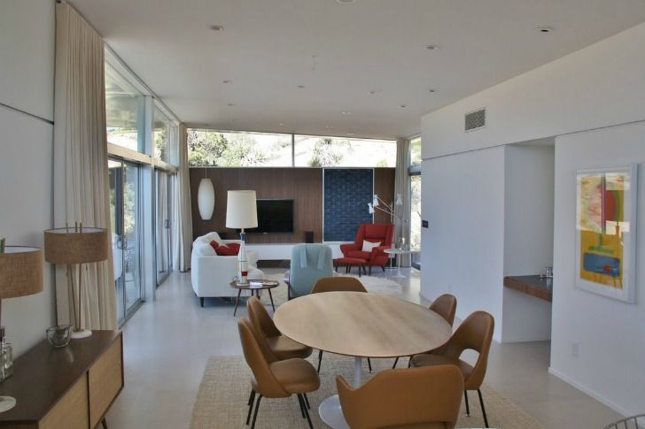 Blue Sky Homes completes a two-bedroom steel prefab home in Yucca Valley, California.