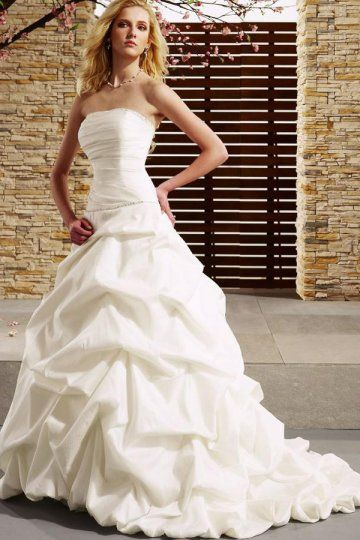 A-line Strapless Beaded Pleated Bubble Wedding Dress On Sale - US$ 185.99 http://www.psweddingdresses.co.uk/aline-strapless-beaded-pleated-bubble-wedding-dress-p-1823.html