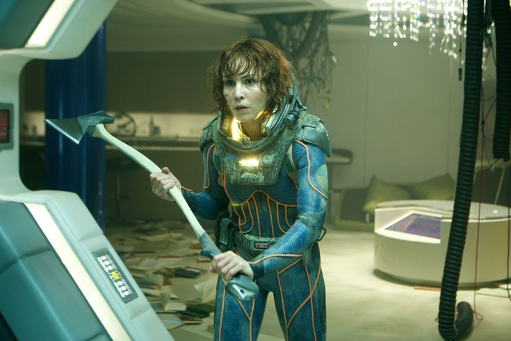 Ellie Shaw from Prometheus. I'd do the bloody bandaged stapled version, with a bonus facehugger wrapped around one arm.