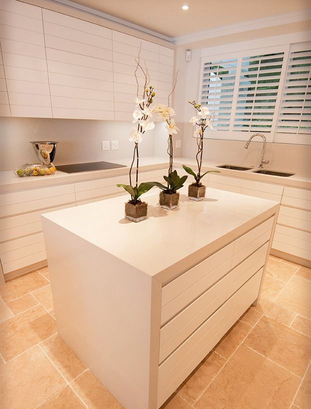Hoffman Kitchen (Reto Kitchens by One Design)