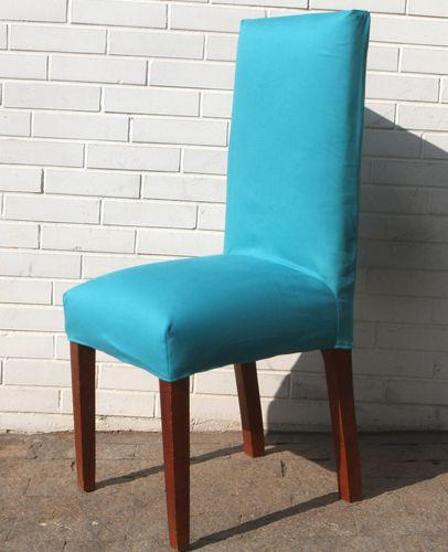 A cadeira ou a poltrona estão velhinhas, e você não quer reformá-las? Tapeçaria descomplicada deixa aquela cadeira surrada com cara de nova. Siga nosso passo a passo e renove seus móveis