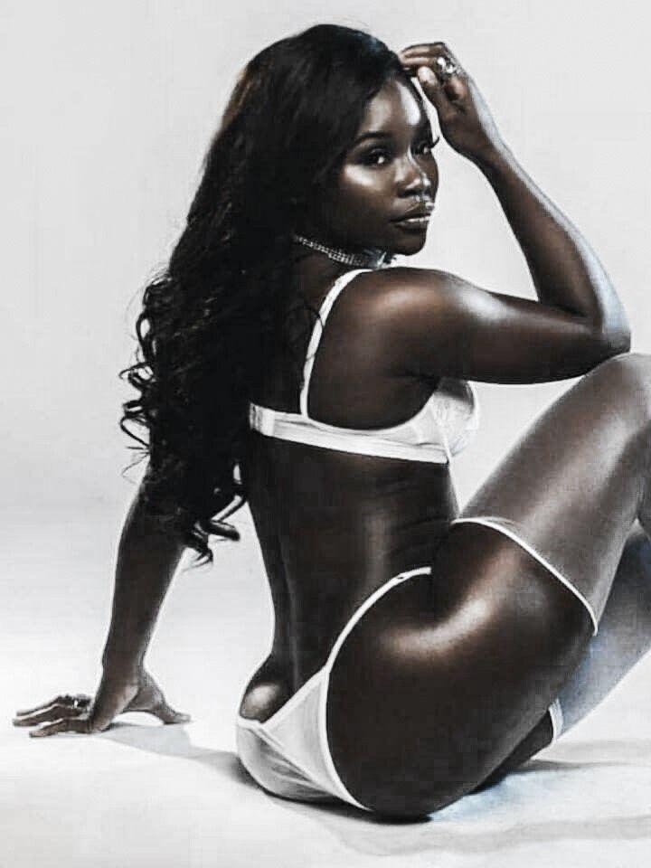 Kaunis Ebony Webcam