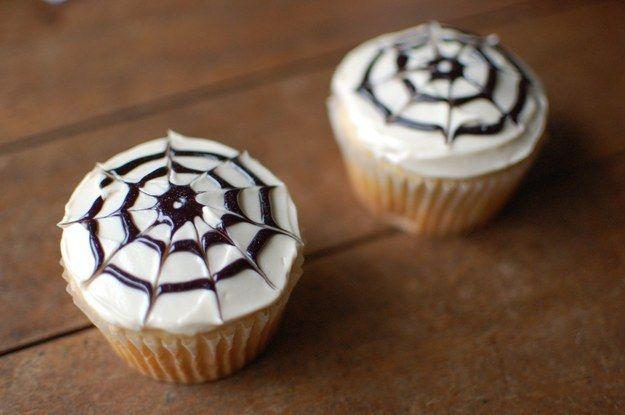 Cobweb Cupcakes   Community Post: 14 Creative And Easy Last Minute Halloween Treats