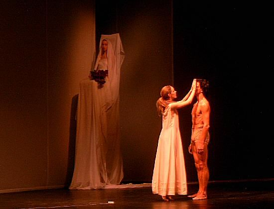 Dansomanie :: Voir le sujet - Orphée et Eurydice (Pina Bausch)