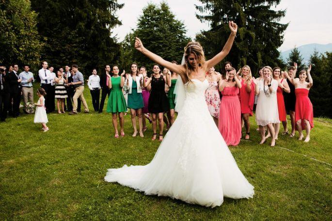 Elegir un vestido para asistir un matrimonio no es fácil, pero para que te sea más sencillo, ¡SIGUE ESTOS CONSEJOS!