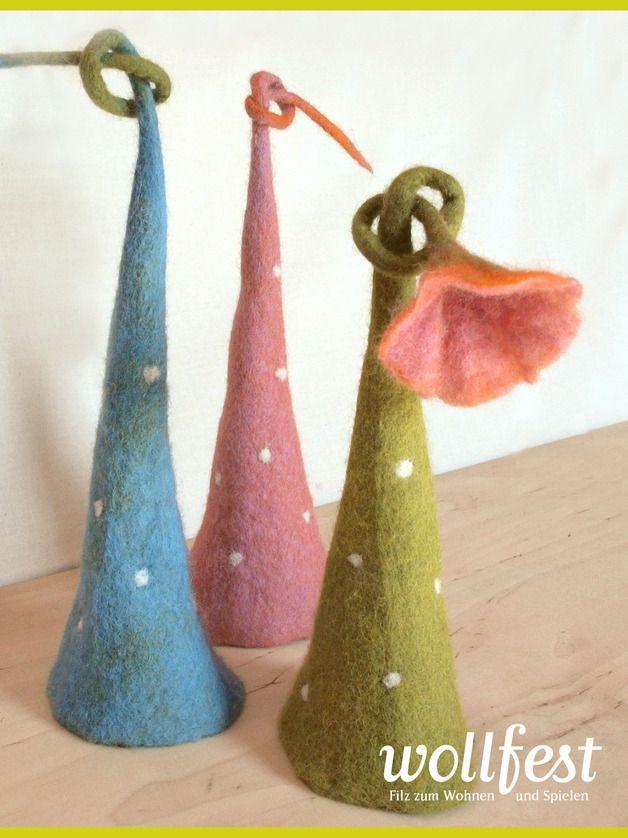 Eierwärmer - Eierwärmer mit Blüte - ein Designerstück von wollfest bei DaWanda