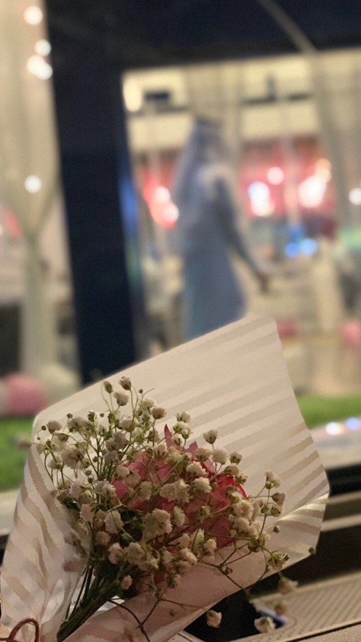 Pin By Captaain Mohamed Mostafa On غرف نوم زرقاء In 2020 Table Decorations Decor Home Decor