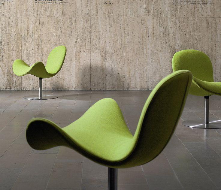 FlyMe lobby chair