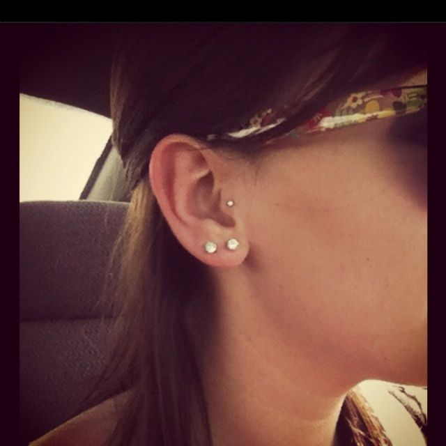Tragus Pierced ~ http://tattooeve.com/the-tragus-piercing-for-strong-woman/ Piercing