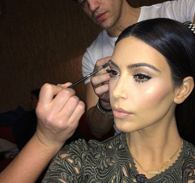 Kim Kardashian's eyebrow tips revealed