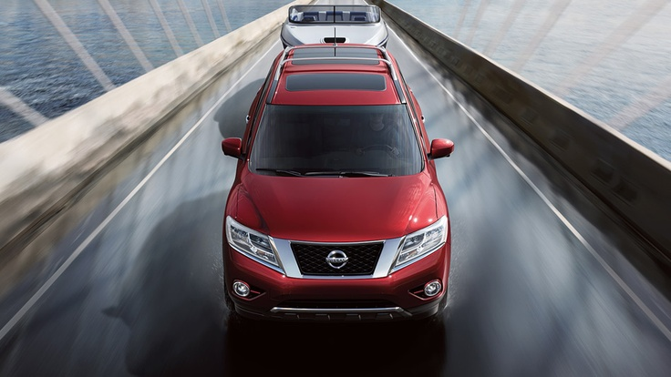 Nissan Pathfinder Platinum shown in Cayenne Red with optional equipment | www.crownnissan.ca