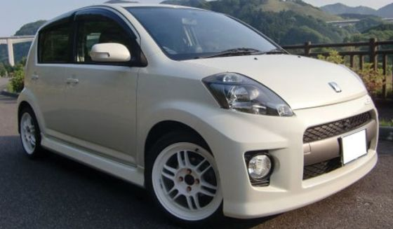 Daihatsu Sirion on Enkei RPF1