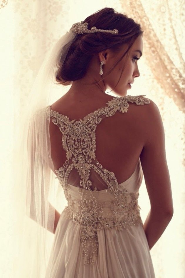 Gorgeous Bridal Dress and with beaded front and open back .. ❤❤✿ڿڰۣ(♥LaDonna LuXe ♥༻