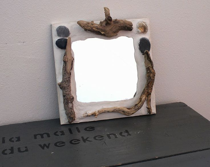 Customiser un miroir  esprit bord de mer (bois flotté, galets et coquillages -> Customiser Des Galets