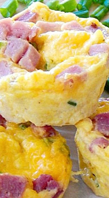 Mini Breakfast Quiche -what these minis lack in size, they definetly make up for in flavor! ❊