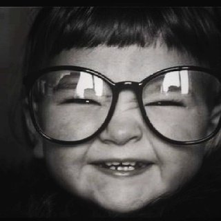 Love it!: Big Glasses, People Children, Photos Shoots, Baby Faces, Funny Kids, Children Photography, Weights Loss, Happy People Photography, Beautiful Baby