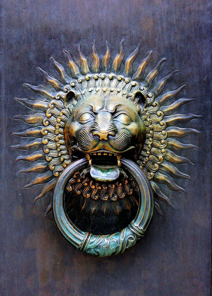 Bronze handle on the doors to the Scottish Rite House of the Temple, Washington DC.