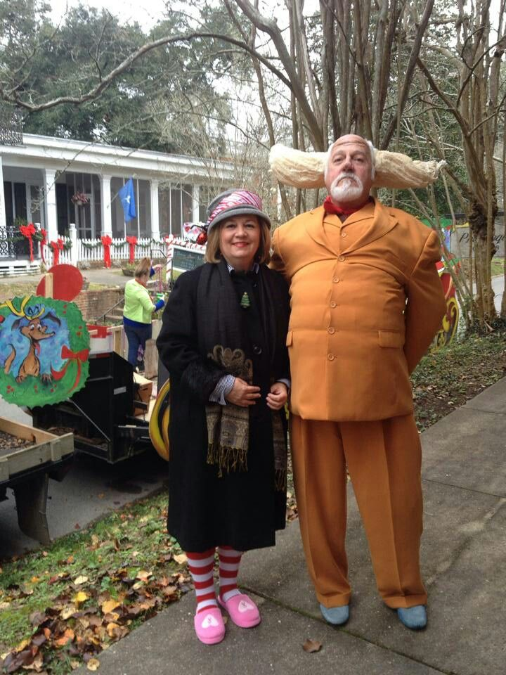 The Whoville Mayor and his wife ! Awesome costume!