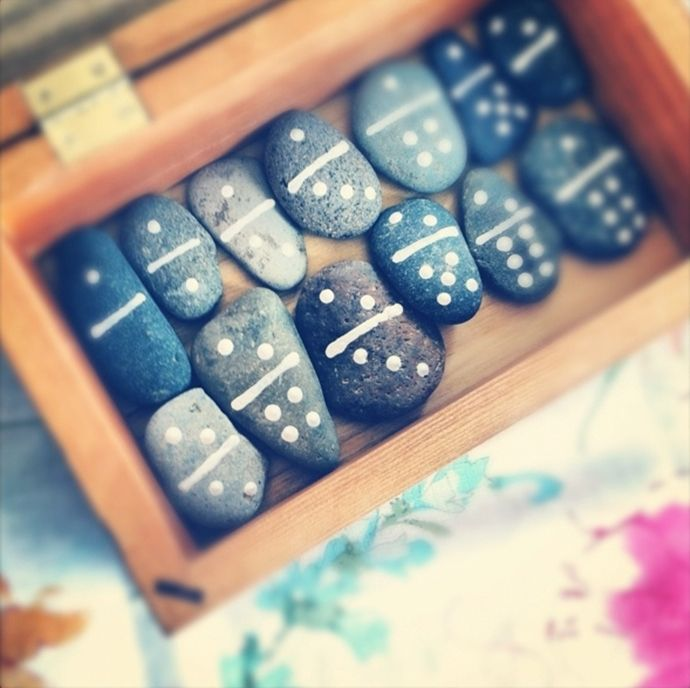 7 Easy to make games to keep your guests entertained! #diy #wedding #games