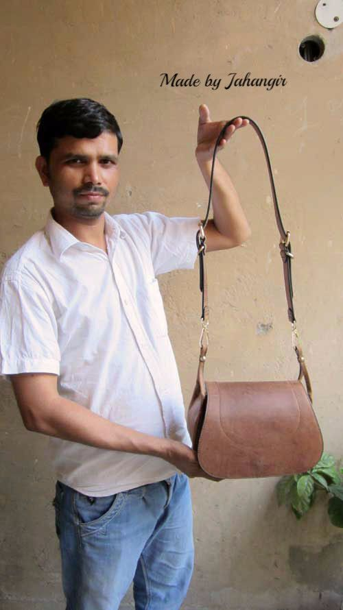 Terracotta Gigi, Chiaroscuro, India, Pure Leather, Handbag, Bag, Workshop Made, Leather, Bags, Handmade, Artisanal, Leather Work, Leather Workshop, Fashion, Women's Fashion, Women's Accessories, Accessories, Handcrafted, Made In India, Chiaroscuro Bags - 15