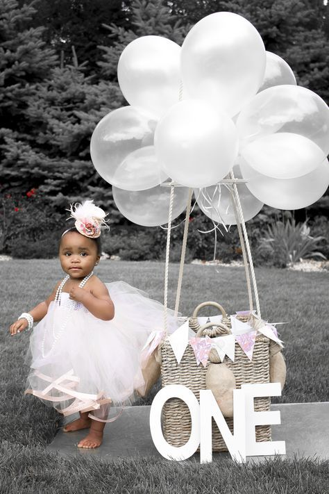 DIY HOT AIR BALLOON | 1st Birthday | Milestone | Baby Girl | Peach Tulle Dress | Mini Top Hat by littlebirdscouture.etsy.com | Pearl Necklace | Hot Air Balloon | Photo by Peridot Imagery