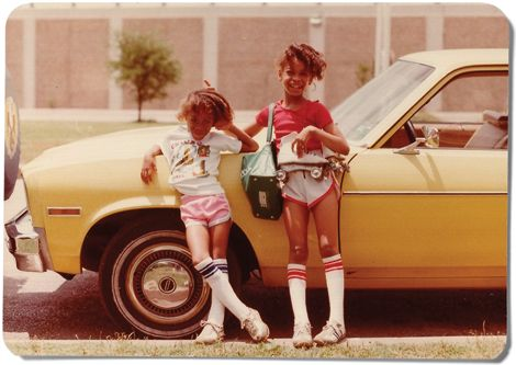 Erykah Badu (right) at nine years, with her sister Nayrok, six, in Dallas in 1980. Photo from Texas Monthly.